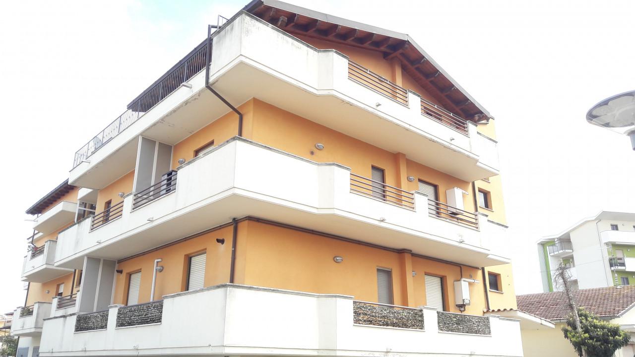 Sambuceto centro - Appartamento 2 camere con garage