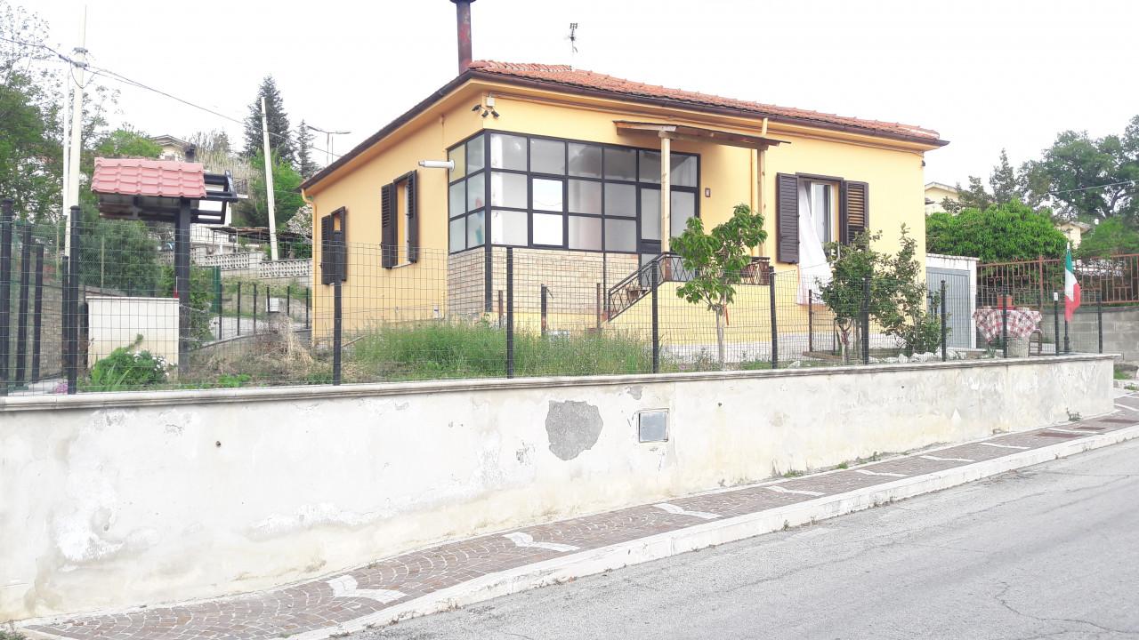 Turrivalignani - Casa singola ristrutturata,  con garage