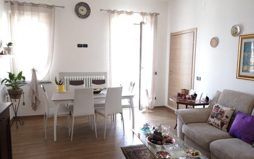 Sambuceto –  Appartamento con ingresso indipendente 2 camere