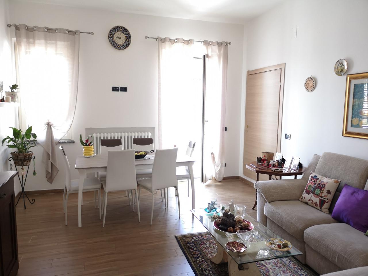 Sambuceto -  Appartamento con ingresso indipendente 2 camere