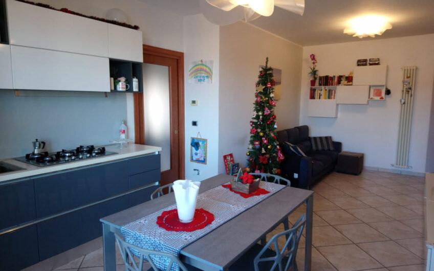 Sambuceto – Via Umbria – Trilocale con garage e p/auto