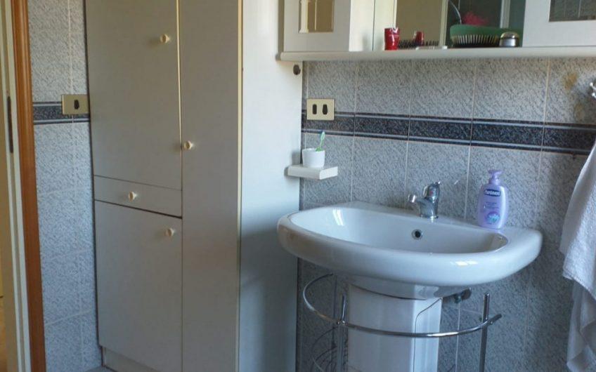 Sambuceto – Via P. Nenni – Appartamento di 130 mq con soffitta di 35 mq e p/auto